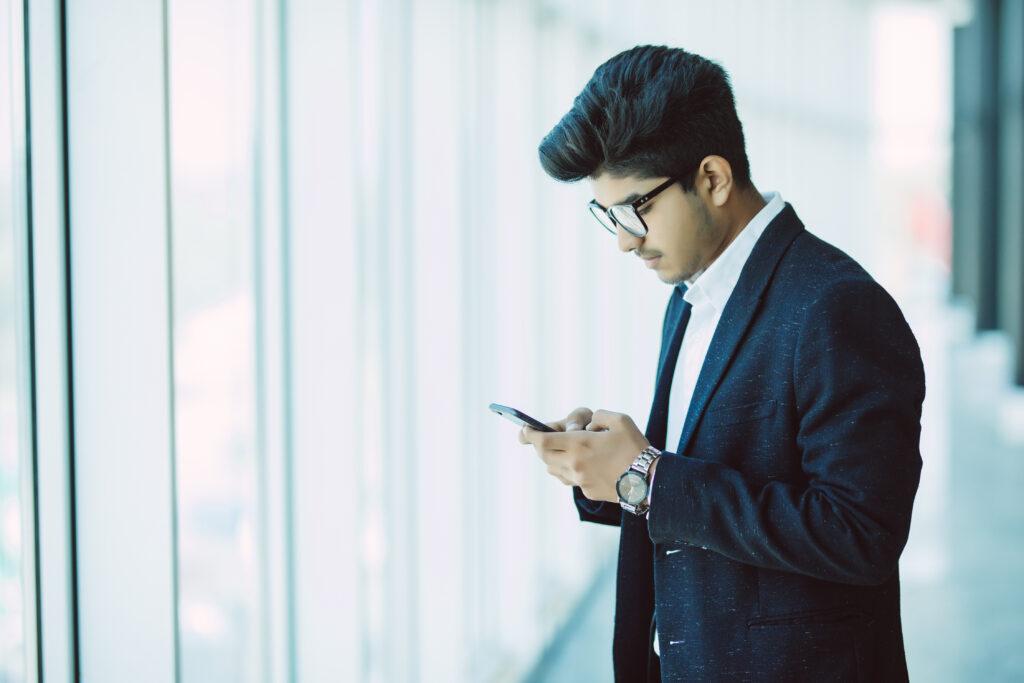 Impressão via smartphone: agilidade, mobilidade e produtividade para seus clientes